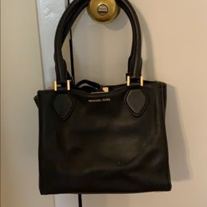 Square tie top soft leather tote